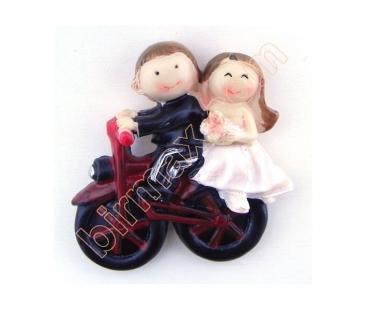 Gelin damat motorsiklette